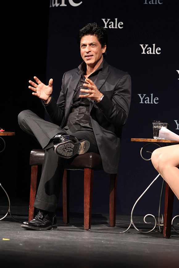 During his address to students at the Yale University, Shah Rukh mentioned about his detention at the airport