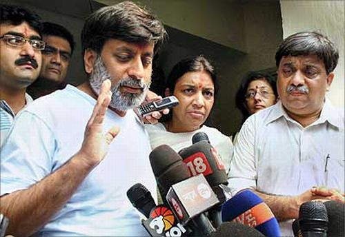 Talwars to face trial in daughter Aarushi's murder case